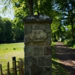 Auf dem Bild sieht man den Eingang zu Ettental